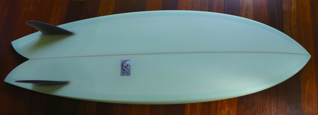 twin fin keel fish